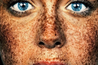 The Unique Beauty Of Freckled Faces & People Documented By Brock Elbank